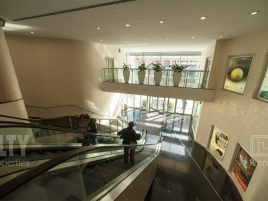 Лот № 6054, Four Winds Plaza, Аренда офисов в ЦАО - Фото